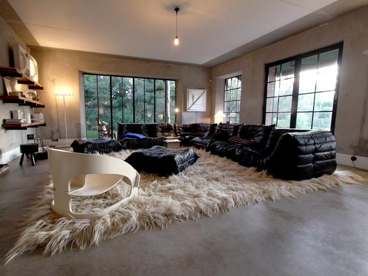 Le togo a 40 ans miluccia inspiration d coration et design - Togo cuir ligne roset ...